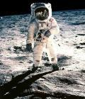 public://bonus/astronautered.jpg