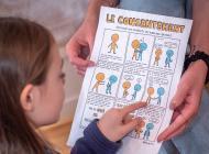 20 ressources sur l'éducation au consentement – Photo © Estelle Perdu – Affiche © Elise Gravel