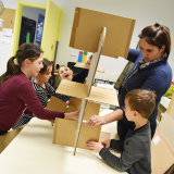 8 ressources pour fabriquer des meubles et des objets déco en carton recyclé – Photo © Florent Contassot