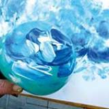 Peindre avec des ballons gonflables