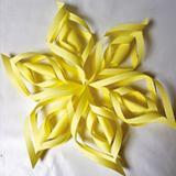 Étoiles et autres créations en papier plié